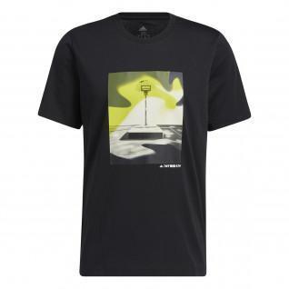 T-shirt adidas Slept On